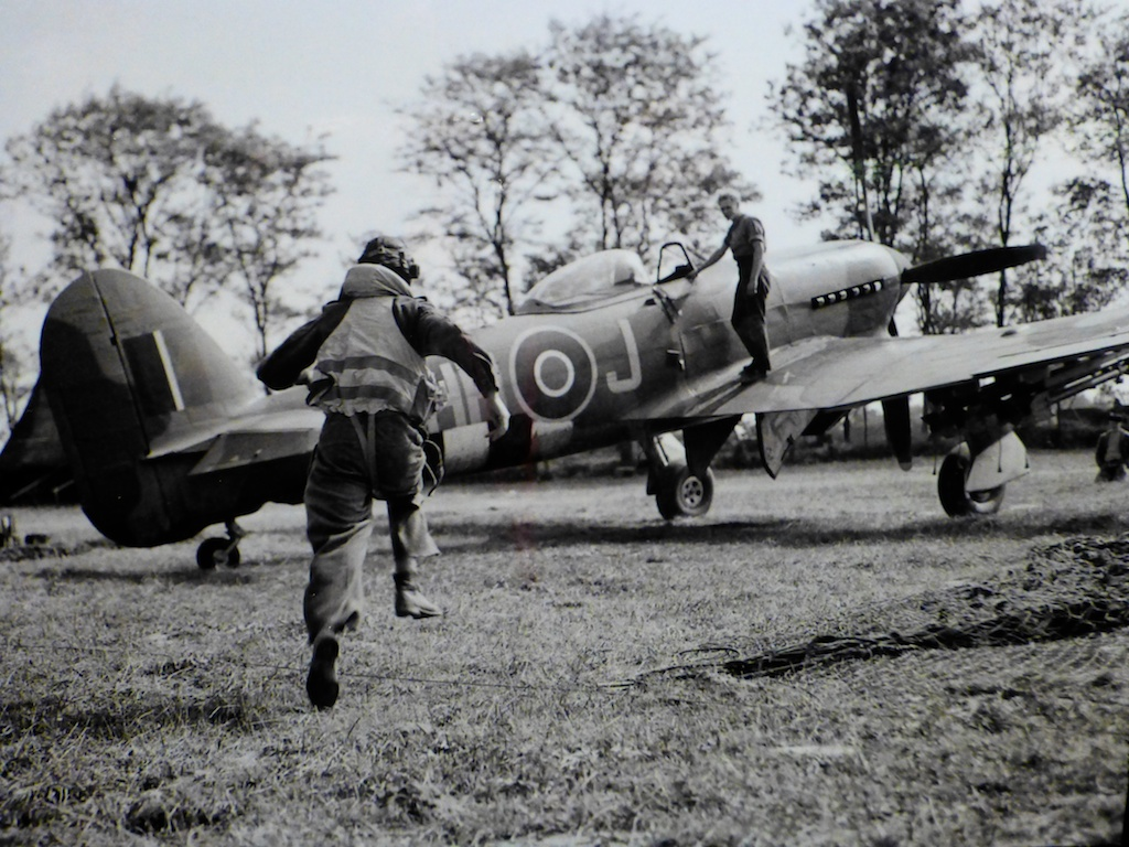 World War II allied pilots at Normandy beaches