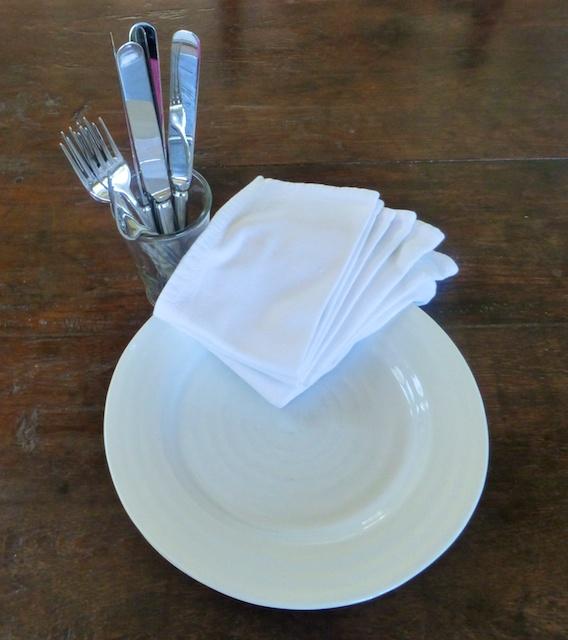simple tableware for easy entertaining