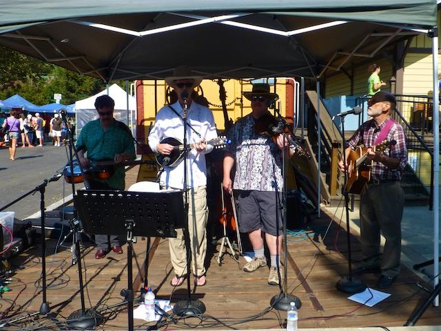 Musicians at Danville's Farmers Market, Danville, CA, USA