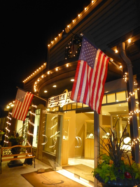 Danville, CA, USA, a Christmas shopping evening