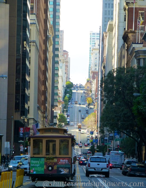 Cable cars on California Street, San Francisco