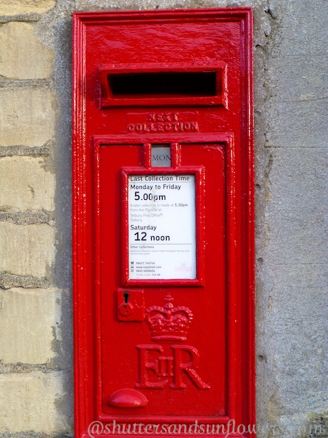 An English mail box