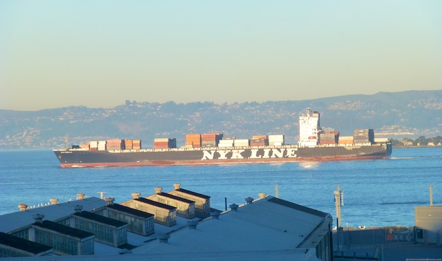 Freight shipping liners in the San Francisco Bay