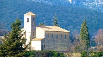France,Lourmarin,Lourmarin Chateau,Lourmarin Church, Lourmarin Streets,Luberon,Provence,Vaucluse;