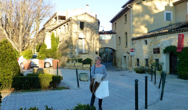 Outside Le Moulin de Lourmarin, Lourmarin, Luberon, Provence, France