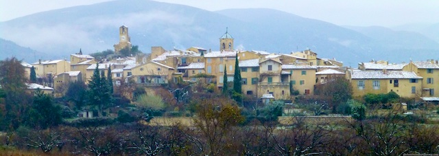 Lourmarin, Provence in the snow
