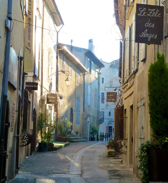 The streets of Lourmarin at first light