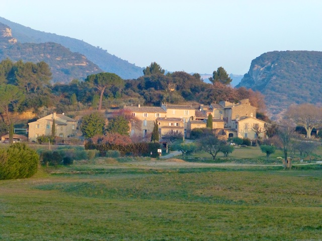 Break of day in the hamlet over the meadow in Lourmarin