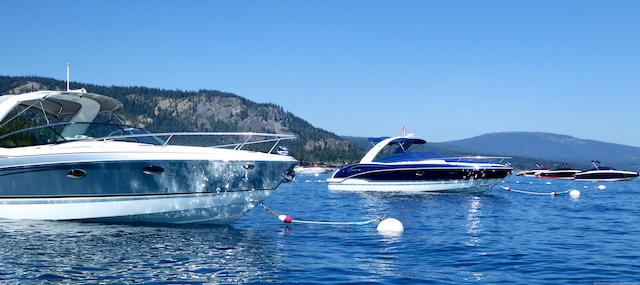 Speed boats on Lake Tahoe