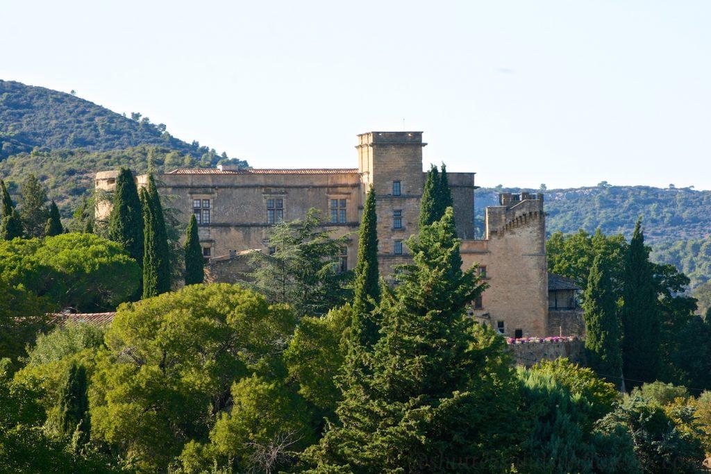 Lourmarin Chateau, Vaucluse, Luberon, Provence, France