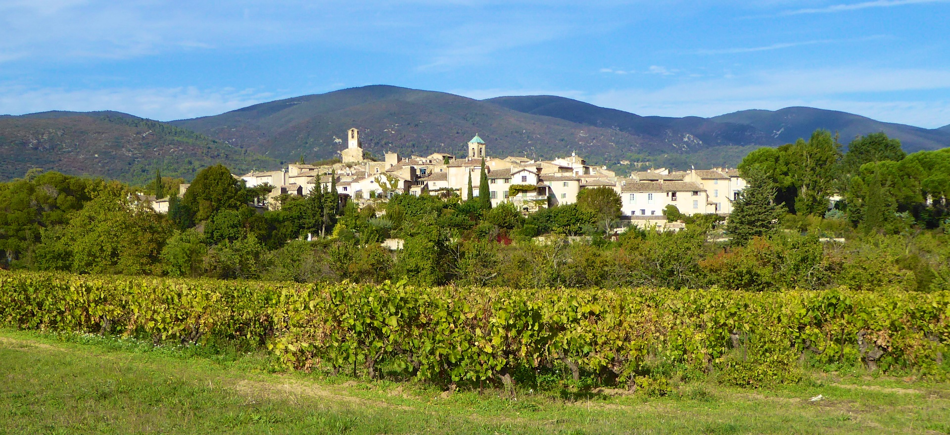 Lourmarin The Luberon Provence Travel Guide Shutters