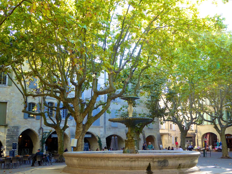 Uzès, Languedoc Roussillon, France, Travel Guide ...