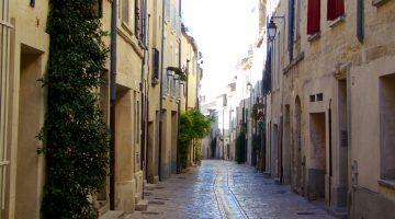 Rue du Grande Bougarde, Uzes, Langudeoc Roussillon, France