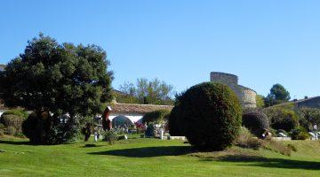 Garden at La Ferme Domaine de Capelongue, Bonnieux, Luberon, Provence, France