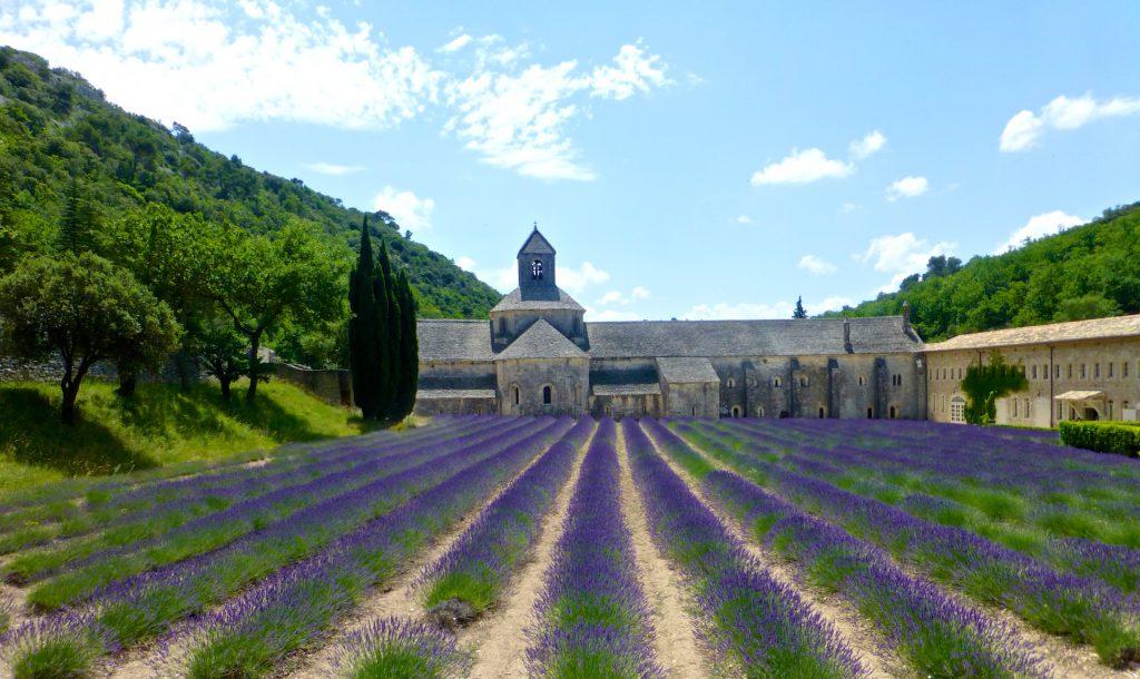 L'Abbaye Notre-Dame de Sénanque, Gordes, Luberon, Provence