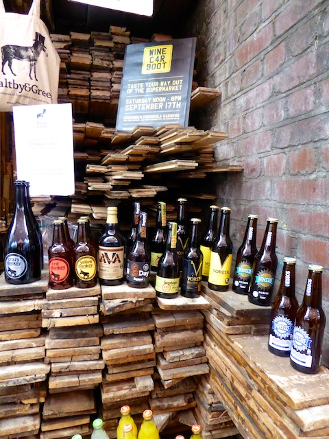 London micro brews at Maltby Street Market, London, England