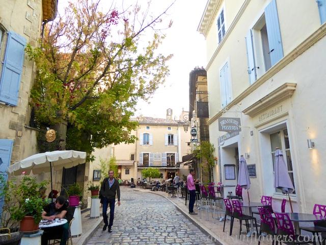 PDF Travel Guide Lourmarin, Luberon, Provence, France