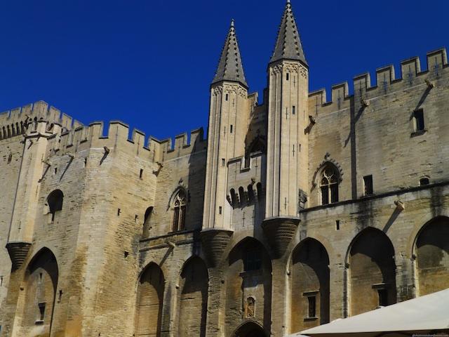 PDF Travel Guide Avignon, Palais des Papes, Provence, France