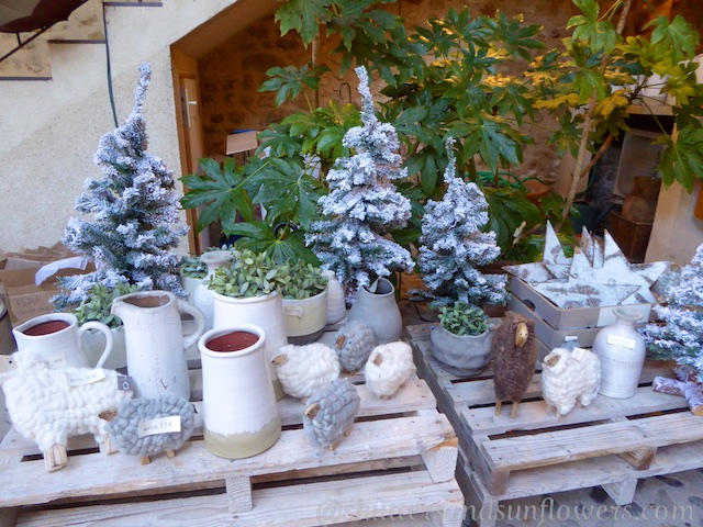 Christmas display in Lourmarin