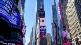 Time Square, Manhattan, New York, New York, USA