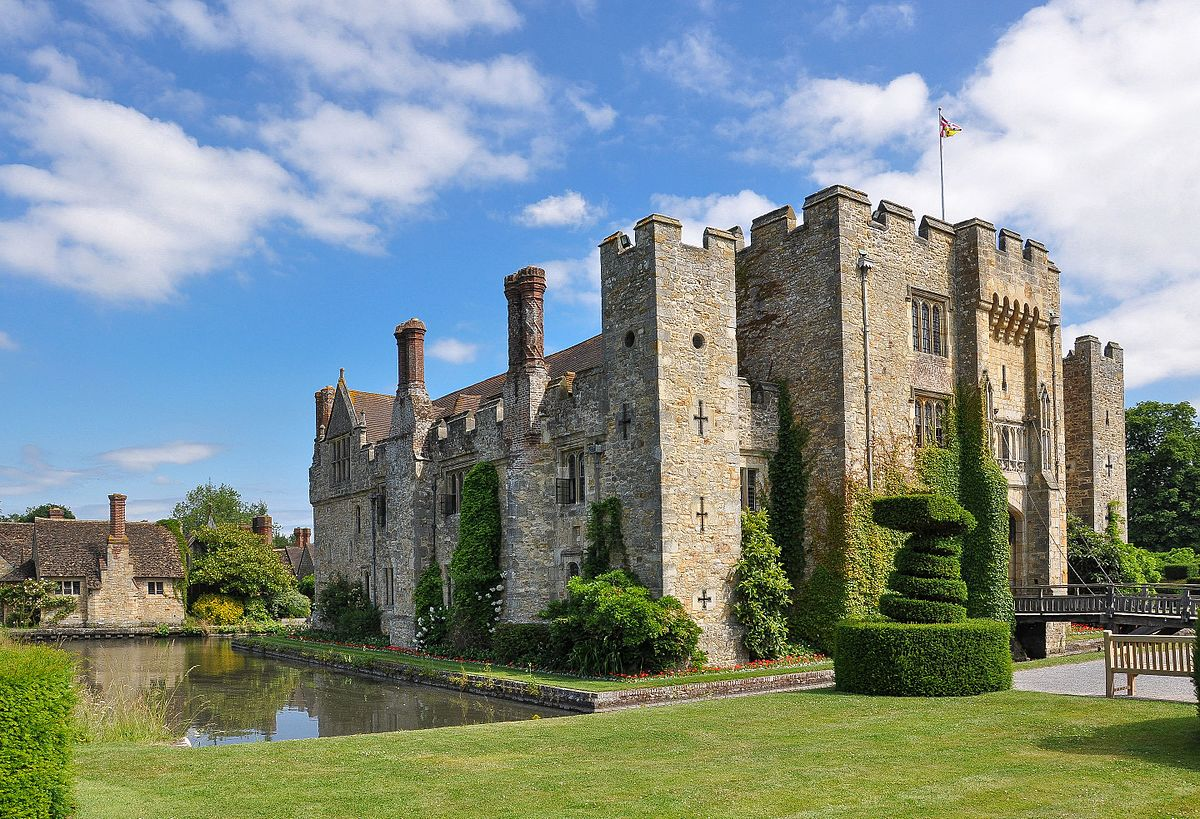 Hever Castle home of Waldorf Astor