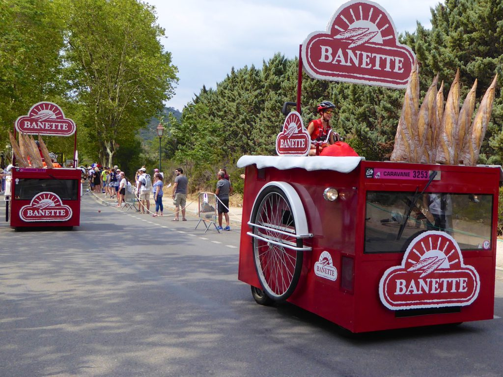 Banette in Tour de France 2017 Caravan, Lourmarin