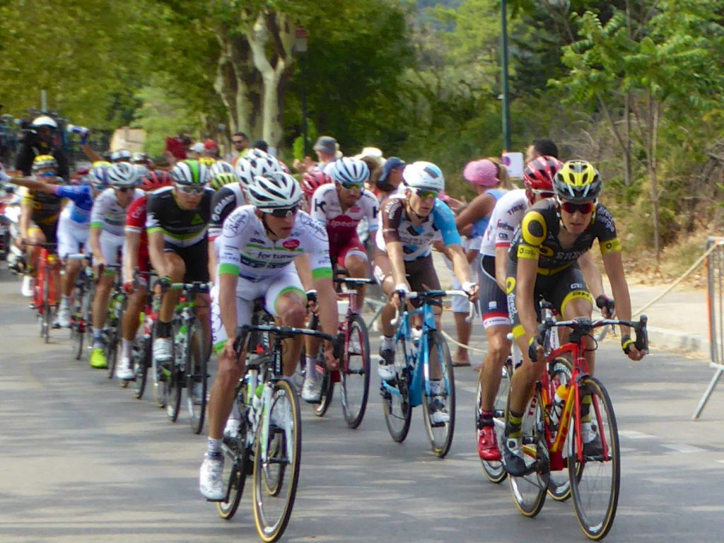 Tour de France 2017 passing through Lourmarin