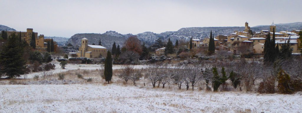 Snow in Lourmarin, Luberon, Vaucluse, Provence, France