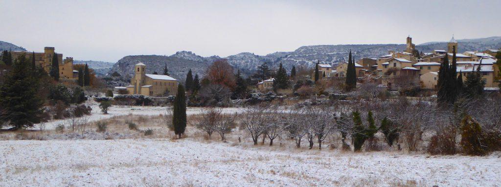 Snow in Lourmarin, Luberon, Vaucluse, Provence, France