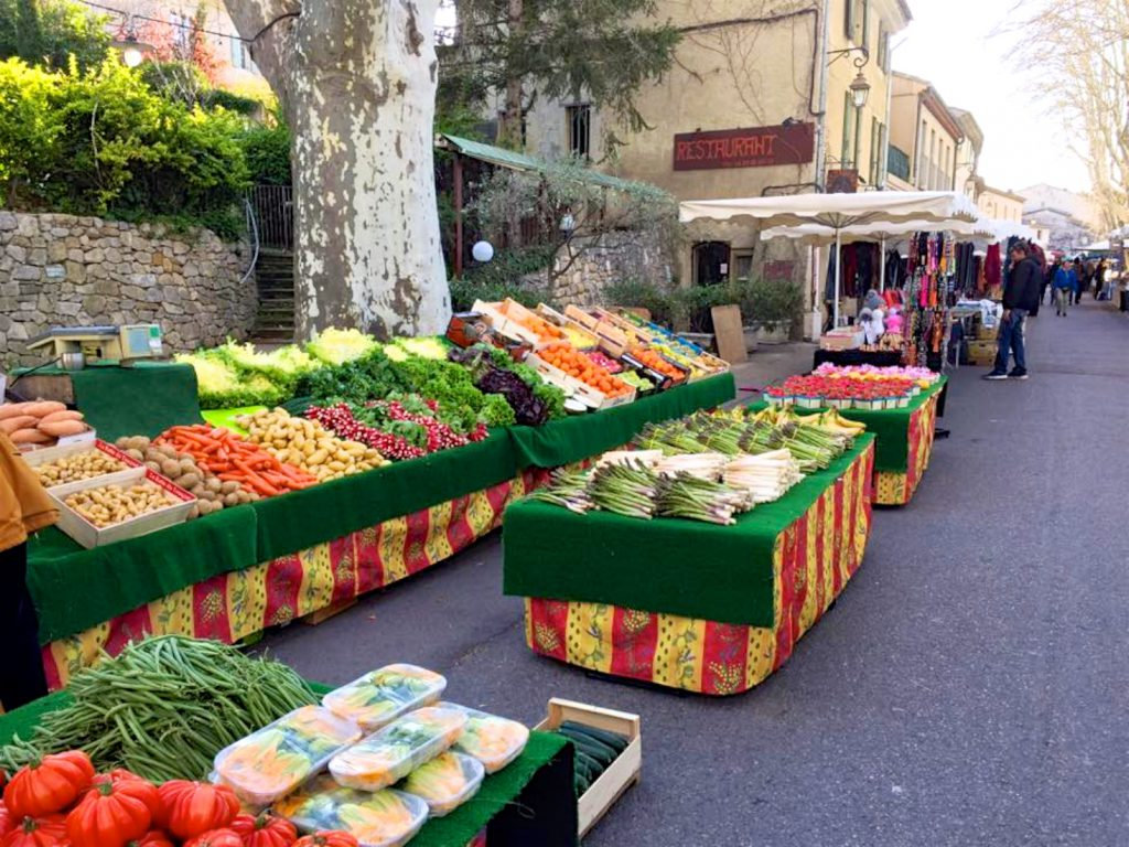 Lourmarin market in March, Luberon, Vaucluse, Provence, France