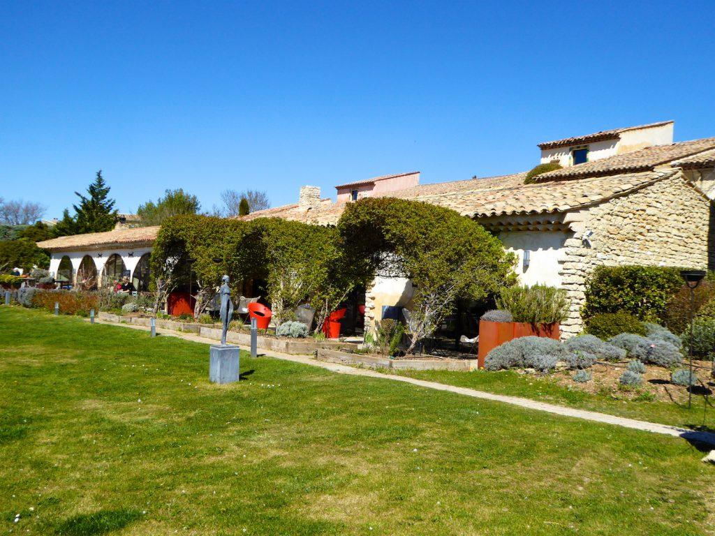 Outside gardens La Bergerie, Bonnieux, Luberon, Vaucluse, Provence, France