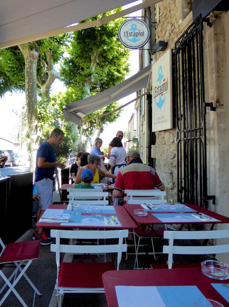 L'Estagnol Restaurant, Saint-Rémy-de-Provence, Bouches-du-Rhône, Provence, France