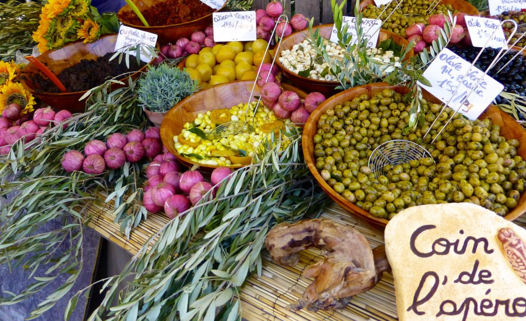 Olives for sale in Saint-Rémy-de-Provence market, Bouches-du-Rhône, Provence, France