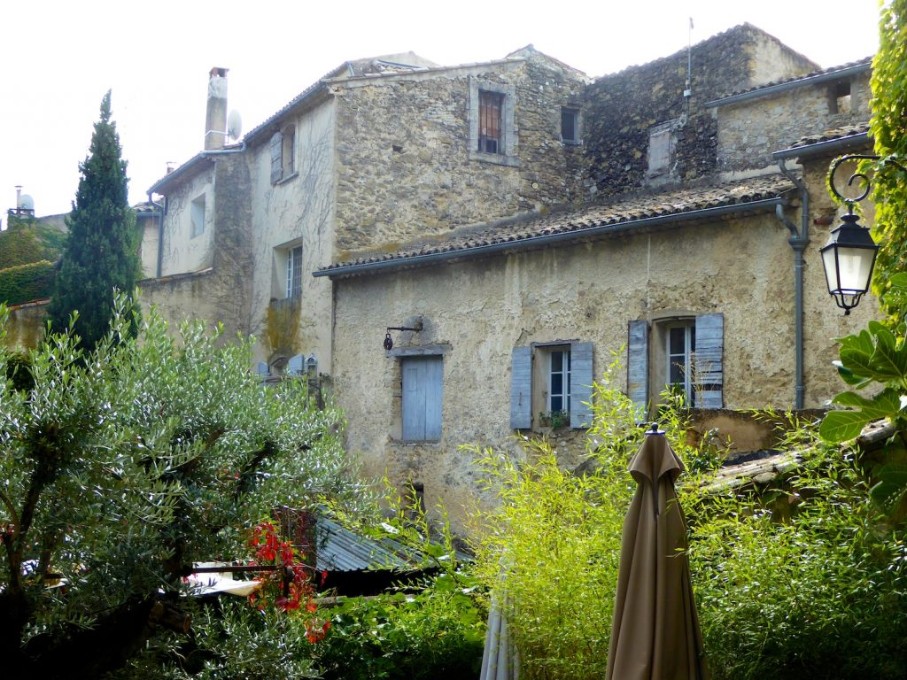 Lourmarin, Luberon, Vaucluse, Provence in early winter