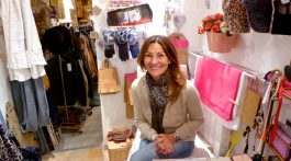 Nanou the owner of Rose de Bagatelle, 18 Rue du Temple, 84160, Lourmarin, France