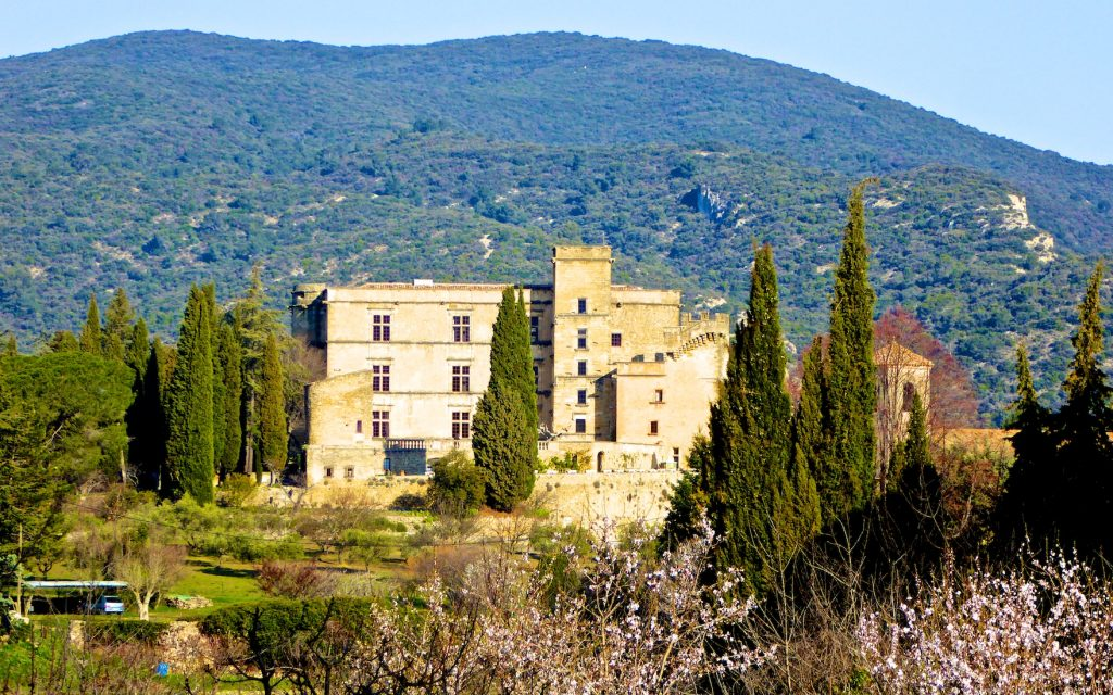 The Fairy Tale Chateau of Lourmarin, the Luberon, Vaucluse, Provence, France