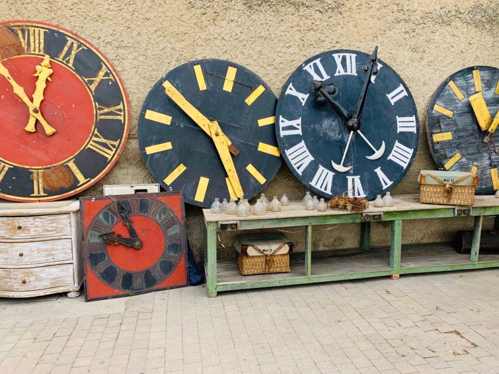 Clocks for Sale at Spring Antiques Fair in l'Isle sur la Sorgue Antiques Fair, Luberon, Vaucluse France