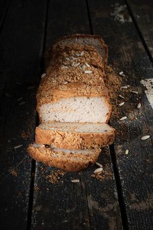 Gluten free bread at L'Auberge la fenière, Lourmarin, Luberon, Vaucluse, Provence, France