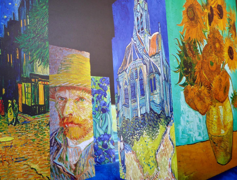Carrières De Lumières 2019 Van Gogh La Nuit étoilée