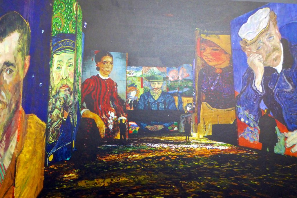 Inside Carrières de Lumières 2019, the artist wonder of Van Gogh