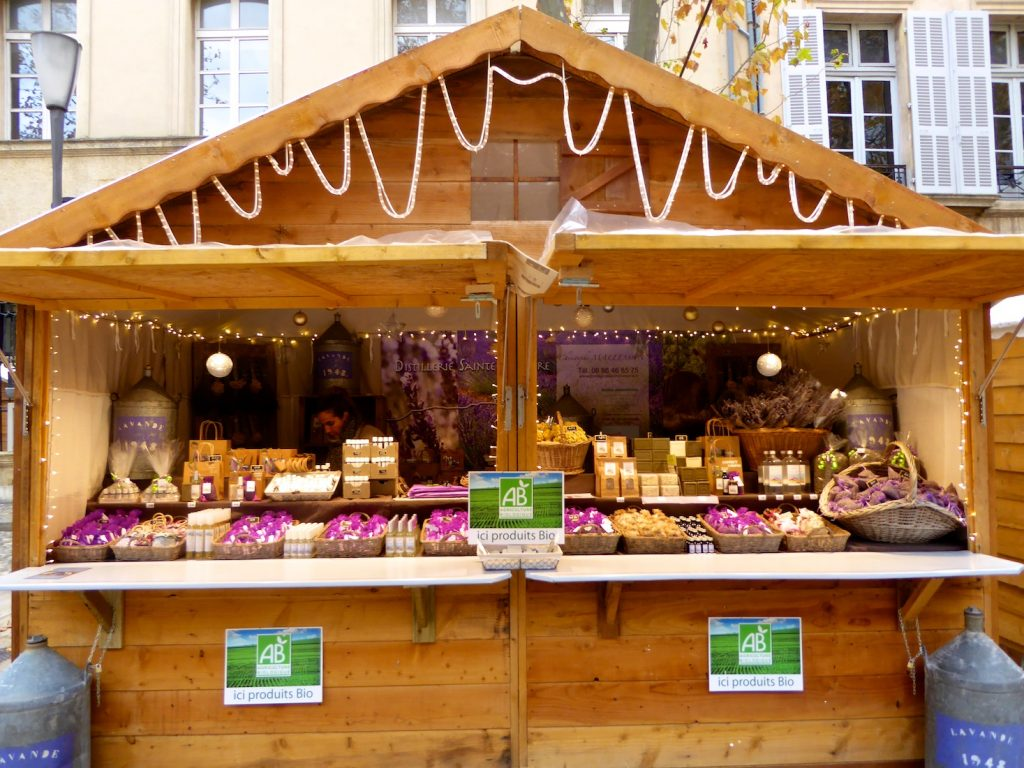Christmas market stall in Aix-en-Provence, Provence, France